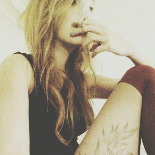 """"""" ... Et puis je fume """".. ? Paris Me Selfportrait Tattoo"""