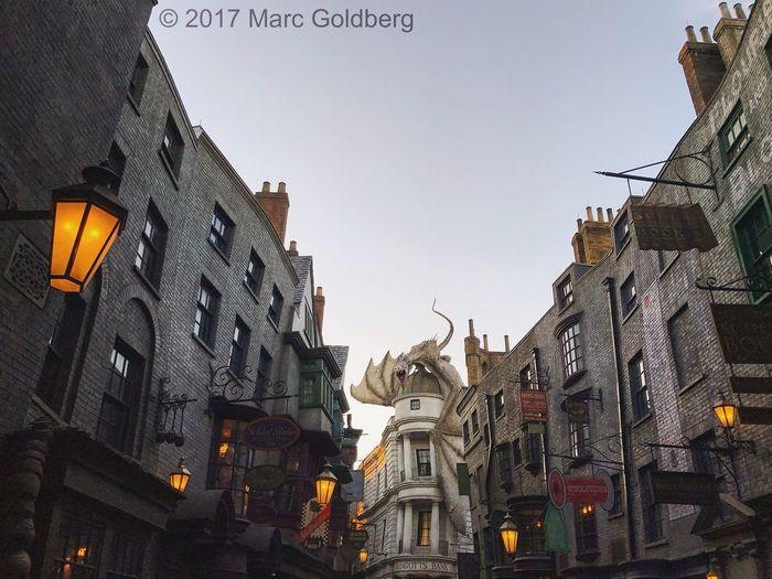 Diagon Alley, Universal Studios, Orlando, Florida, 3/25/17 Diagonalley Gringotts Gringottsbank Gringotts Dragon Harrypotter Harry Potter Universal Studios  Dragon Themepark Mobilephotography Mobile Photography