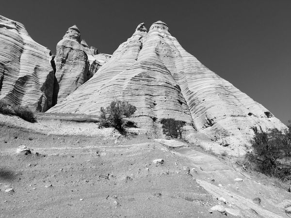 Monochrome Photography Snow Black And White Tranquil Scene Majestic Tranquility Sky Nature Outdoors Snow Covered No People Scenics Rock Formation Solitude Beauty In Nature Large Geology Non-urban Scene Kasha-Katuwe Tent Rocks National Monument USAtrip USA Tourism Monochrome Blackandwhite Landscape