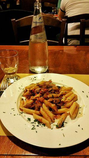 Simple dinner at venice Venice, Italy Dinner Pasta Foodphotography Eurotrip Italy