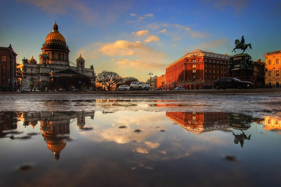 Urban Spring Fever Sunset Showcase: March Cityscapes City Lights City View  Streetphotography Reflection Reflection In City City Reflections City Reflection Architecture Scenic Architecture Evening Sky Evening Light Sunset_collection HDR City In Motion My Favourite Photo