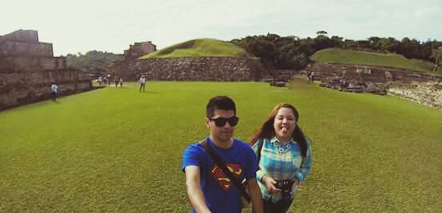 Tajin Mexico Piramids Ancestral Place Grass Traveling Lostplaces Photography Couples Love Walking Onmyway Mayan Ruins