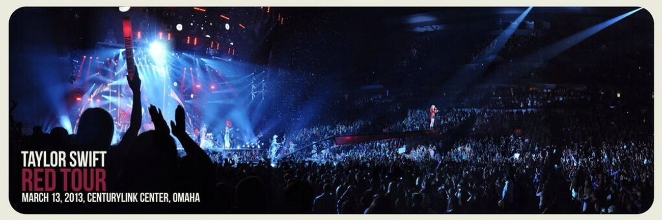 Check out this awesome panoramic photo from #RedTour Omaha! You can purchase the print here: http://t.co/9CNvRIJ1xL