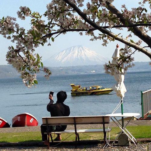 ภูเขาไฟโยเทที่ทะเลสาบโทยะ