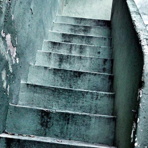 Escaleras Dia