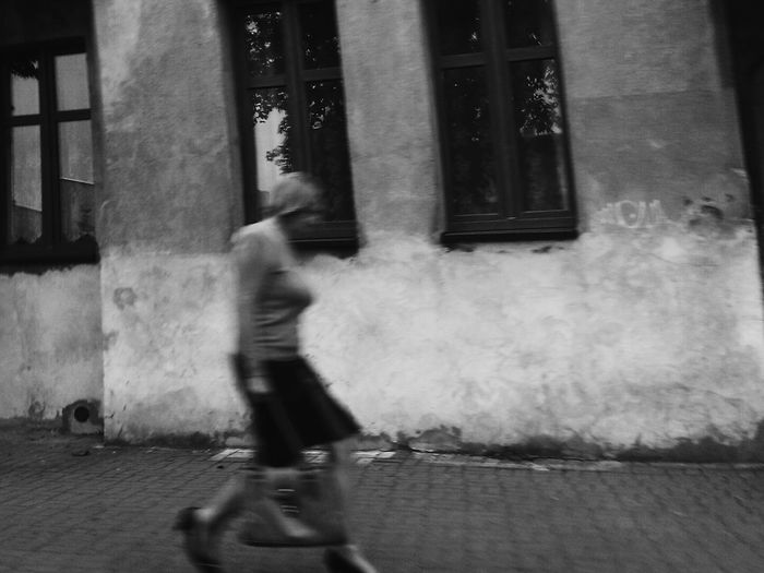 Blurred Motion Real People Motion One Person Architecture Built Structure Lifestyles Full Length Day Walking Leisure Activity Bicycle Riding Men Building Exterior Outdoors City People EyeEmNewHere