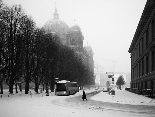 crossing the street Bus Crossing The Street S Schneesturm Snow Spuren Im Schnee Streetphoto_bw Streetphotography Water