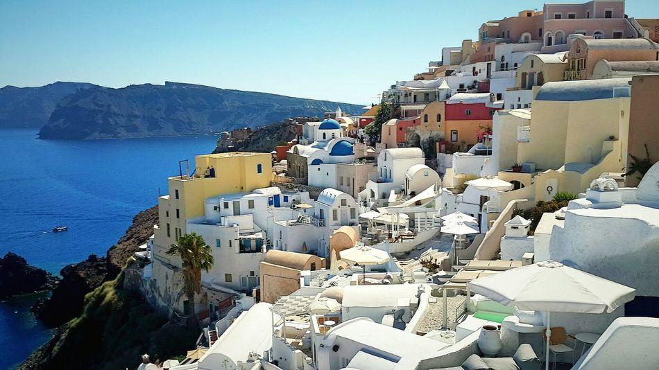 Santorini Greece Santorini Island Travel Travel Photography Hayatinrenkleri Aniyakala Anılarınısakla Fotografheryerde Severekçekiyoruz Zamanidurdur Fotograf_atolyesi Fotografdukkanim Gezdimgördüm Benımgozumden Objektifimeyansiyanlar Objektifimden 📷