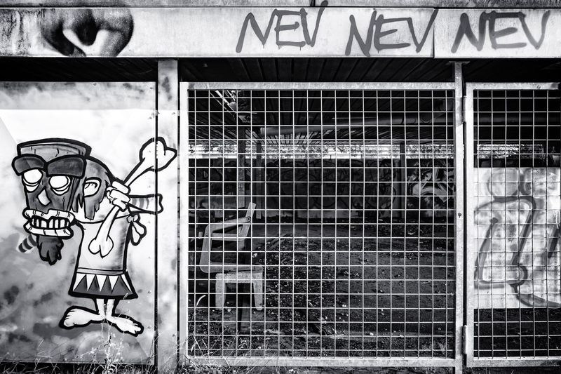 Stammesgebiet ... Urban Perspectives The Devil's In The Detail Street Photography Black & White Urban Photography Monochrome Architectural Feature Building Exterior On The Way Close-up Architecture Street Art Graffiti Closed