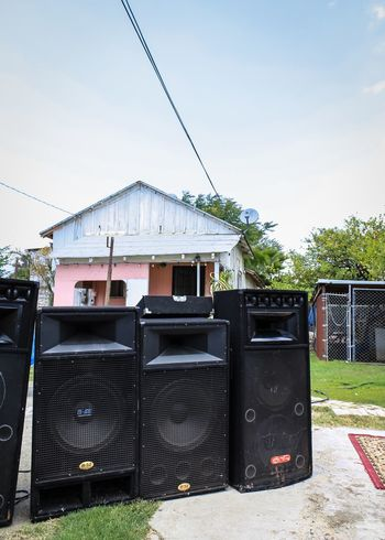 Deejay Dj Speakers Backyard Party Pink House Sound Music Boogie System