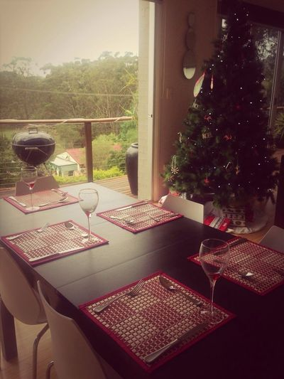 Everything is ready for our 1st Christmas dinner with friends tonight