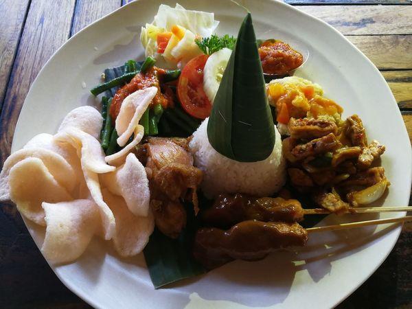 Indonesian Food Eyem Gallery EyeEmNewHere EyeEm EyeEm Best Edits EyeEm Best Shots Bali, Indonesia Balifood Nasi Campur Nasi Campur Babi Food Photography Foodpic EyeEm Diversity The Portraitist - 2017 EyeEm Awards
