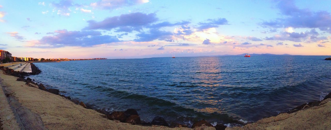 ⚓️🔼 Sea Sea And Sky Panorama Perspective Seaside Seascape Sea View Summer IMography Ships IPhoneography IPhone5 MyPhotography Varna Bulgaria Triangle Sky And Clouds Sky Color Portrait Waves Stone Trip