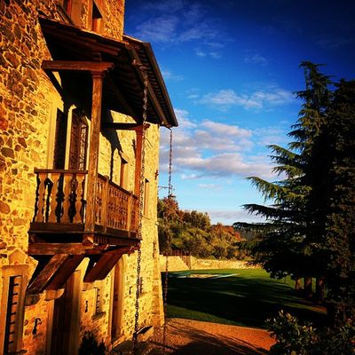 Never seem to get tired of these colours.... Villa G Ponteallapiera Tuscany Visitarezzo