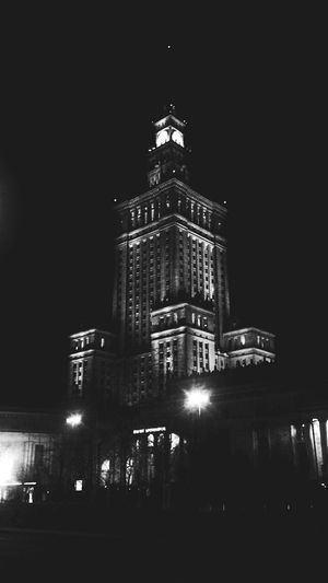 Night Illuminated Architecture Low Angle View Building Exterior EyeEmNewHere No People Outdoors Nightlife City Sky Politics And Government