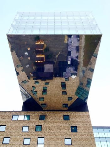 Mirror. Sky Architecture Osthafen Nhow Berlin Building Exterior No People Roof Mirror Built Structure Low Angle View Close-up The Architect - 2017 EyeEm Awards Facades Façade Fine Art Photography Adapted To The City Architecture_collection Surfaces And Textures Architectural Column TCHOBANVOSS Graphic Berlin Art Is Everywhere Surface Modern Architecture