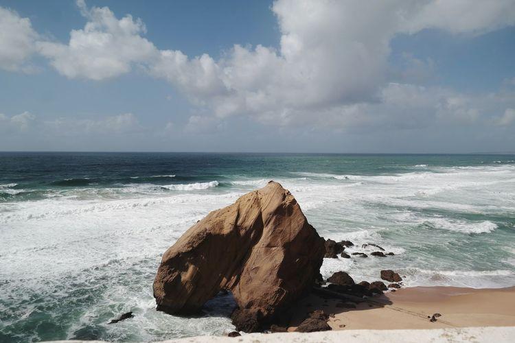 🌊 Wave Water Sea Beach Sand Sunlight Water's Edge Sky Horizon Over Water Cloud - Sky Coastline Ocean