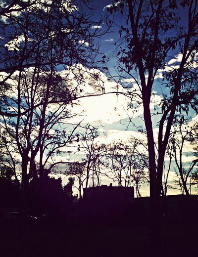 """""""Il cielo è vuoto o il cielo è pieno"""""""