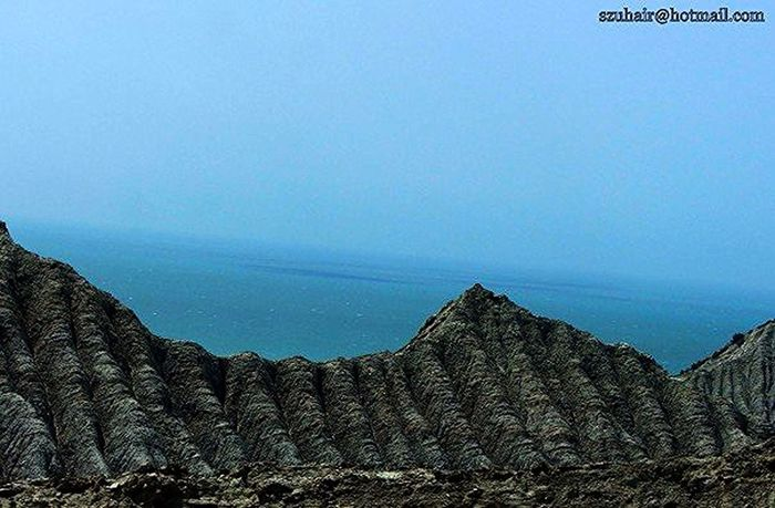 the unique Coastline of pakistan while traveling on Coastal Highway to Gwadar EyeEm Best Shots clicked by my cousin