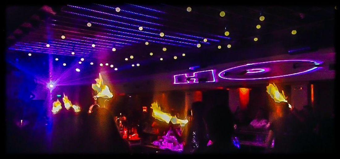 Fireshow Nightclub Chivas Bansko Friends Skiing