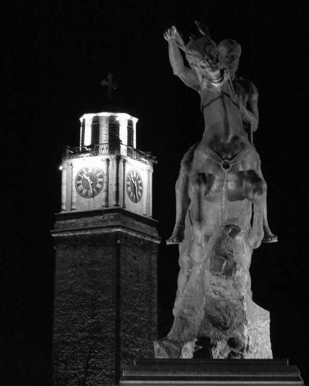 statue, night, sculpture, human representation, illuminated, no people, christmas decoration, clock, outdoors, time