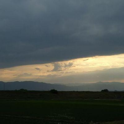 ちょっとした晴れ間。 今日もおつかれさまでした。 空 Sky イマソラ ダレカニミセタイソラ Team_jp_ Japan Instagood 景色 Scenery Icu_japan Ig_japan Ig_nihon Jp_gallery Japan_focus
