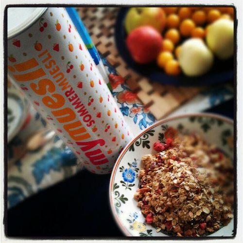 Mit einem leckeren #Sommer #Müsli den Tag beginnen von mymuesli #fruehstueck #mymuesli #Sonntag #cereals Sommer Müsli Sonntag Mymuesli Cereals Fruehstueck