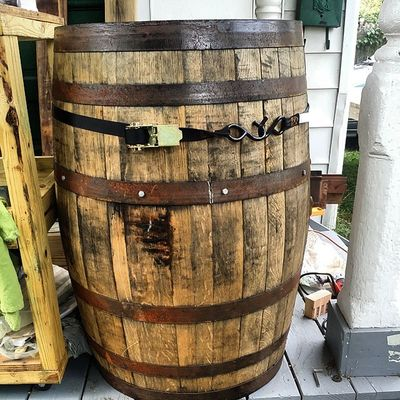 This whiskey barrel conversion is going to be AMAZING! You will want to stick around for this one! Hingestore Homedecor Whiskey BeforeAndAfter