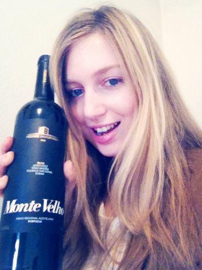Time to enjoy Christmas with potuguese wine ????