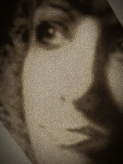 That's me. Juanita Jardin. Green Girl Photographer me. Jaijai Jardin. Spypix.