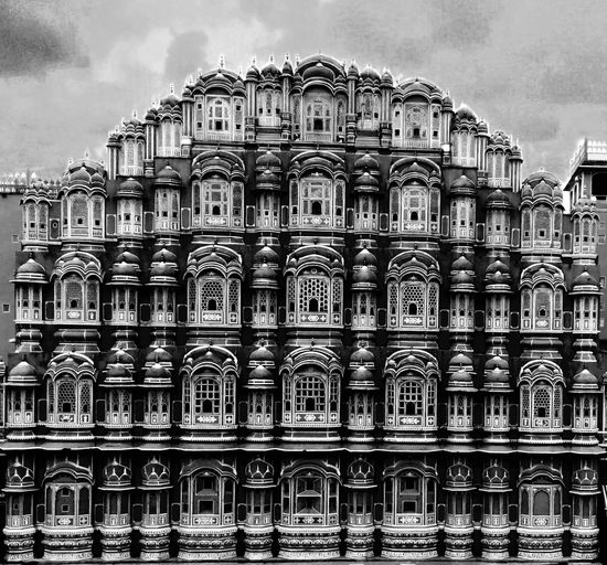 This is the beautiful place Hawamahal India Indiatravelaram Indiatourism Hawamahal Hawamahaljaipur Travelling Pinkeityjaipur Pinkcityjai Travelgram Beautifuljai Jaipurcity Pinkcitytreasures City Politics And Government Sky Architecture Building Exterior Built Structure Summer In The City