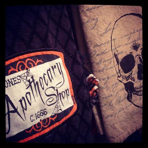 My bathroom is always haunted. Halloween Skull Blackandwhite Orangeandblack androidphotography nexus6