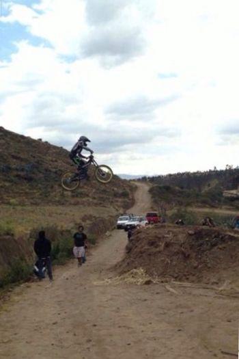 Where Do You Swarm? Downhill/ Freeride Downhill Racer