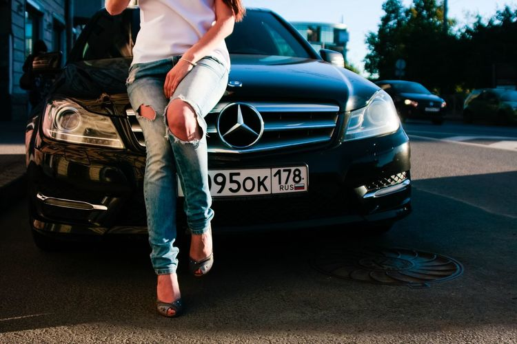 Street style. Streetphotography Street Mercedes-Benz Streetstyle Street Fashion Saint-Petersburg