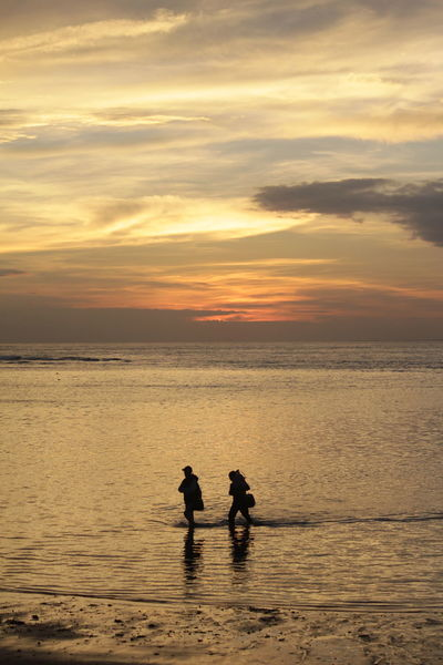 Beach Cloud - Sky Horizon Over Water Sea Silhouette Sky Sunset Togetherness Water