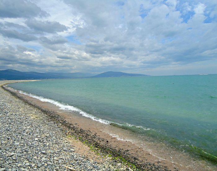 There's no photo editing. Без фоторедактирования. Алексино новороссийск пляж май Море Novorossiysk May Sea Beach Shore