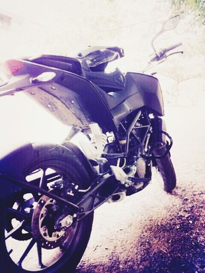 n a motorcycle, any kind of motorcycle!!!! KTM Duke200 Bike Love Passion Riders GF