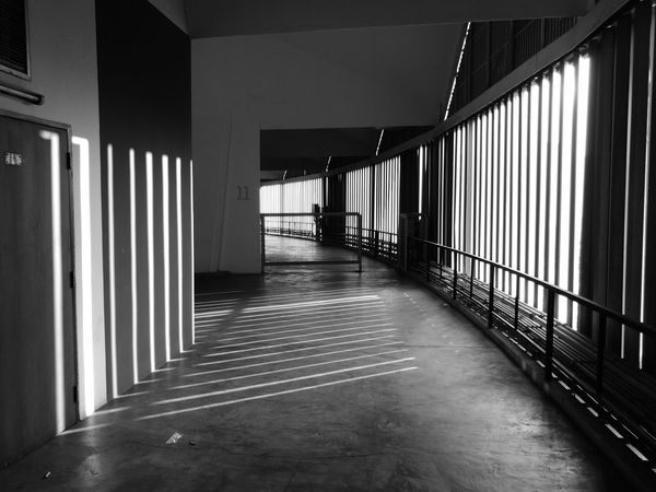 Built Structure Architecture Indoors  Day No People Shadow And Light Huaweiphotography Black And White Bangkok Thailand. Indoor Stadium Huamark Black & White Blackandwhitephotography HuaweiP9 Architectural Feature Architecture Illuminated City Life Stadium Architectural Design Indoors  Modern