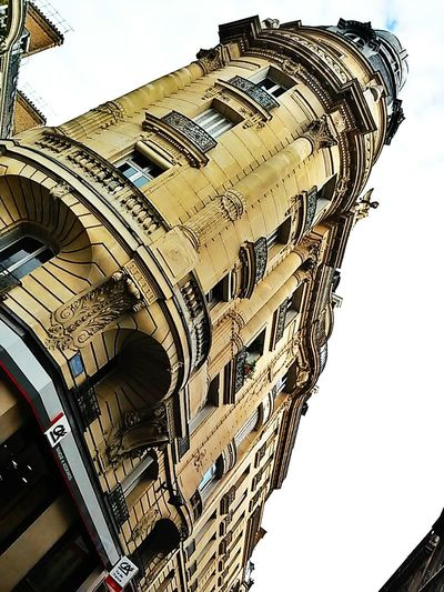Windows 2014. Photowalking Paris Architecture Perspectives Eyeem Philippines Taking Photos Looking Up Urban Geometry Traveling Amazing Architecture The Architect - 2015 EyeEm Awards Eyeem Paris