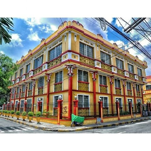 The beautiful colors buildings can be found in many corners of Intramorus Colors Building Archeticture art streets StreetView BlueSky Clouds Manila DarkFigure Travel Walk Philippines ItsMoreFunInPhilippines Weekend FunTime FunDay