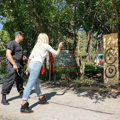 В десятку... Новосибирск парк отдыхаем развлечение спецназ Novosibirsk Park Holiday F4F Instagood Lady Hot Style Photo Pic Exposure Composition Focus Capture Moment