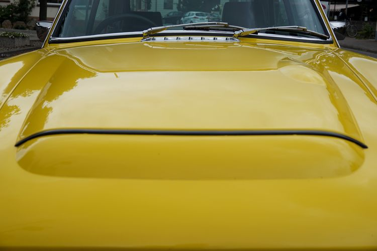 Bonnet Car Close-up Cropped Day Empty Hood Land Vehicle Lines And Shapes MG  Mode Of Transport No People Oldtimer Outdoors Part Of Part Of Stationary Vehicle Vintage Cars Windshield Wipers Yellow Gran Turismo Sports Car Classic Car The Drive