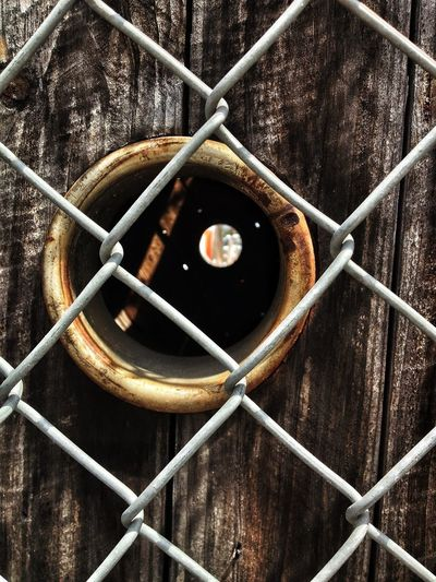 Behind The Fence... Peek Hole Spools That Rule Grimelords