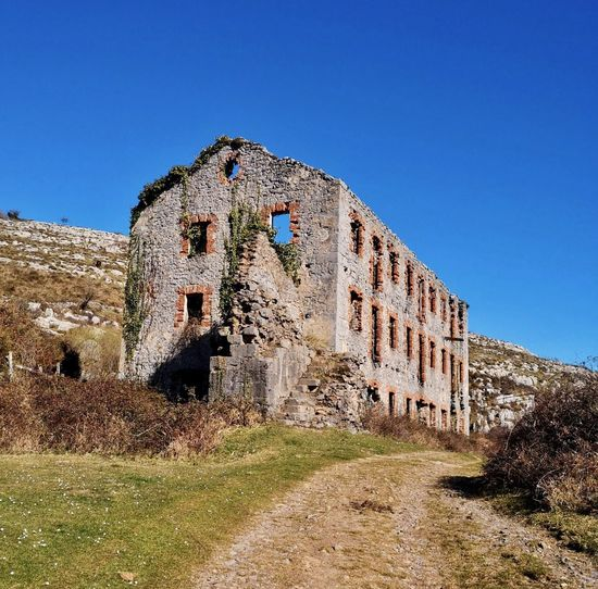 Sky Architecture Built Structure Building Exterior Blue Clear Sky Nature Sunlight Day History The Past No People Outdoors Old Ancient