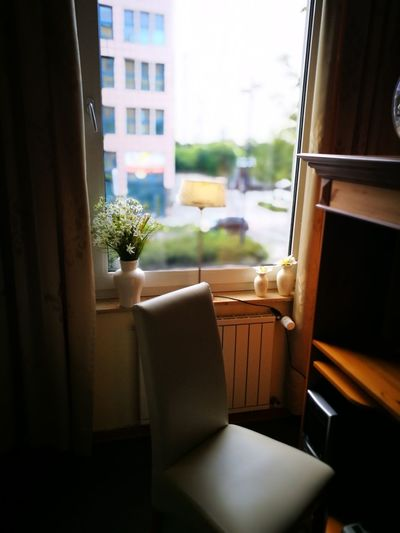 Silent Hanging Out Check This Out Taking Photos Hello World Relaxing Enjoying Life Capture View Lights Light And Shadow Dormuntd Germany Amazing Hotel Hotel Life Interior Design Enjoying Photography Capture The Moment Beauty Flowers Chair Window View Colour Of Life
