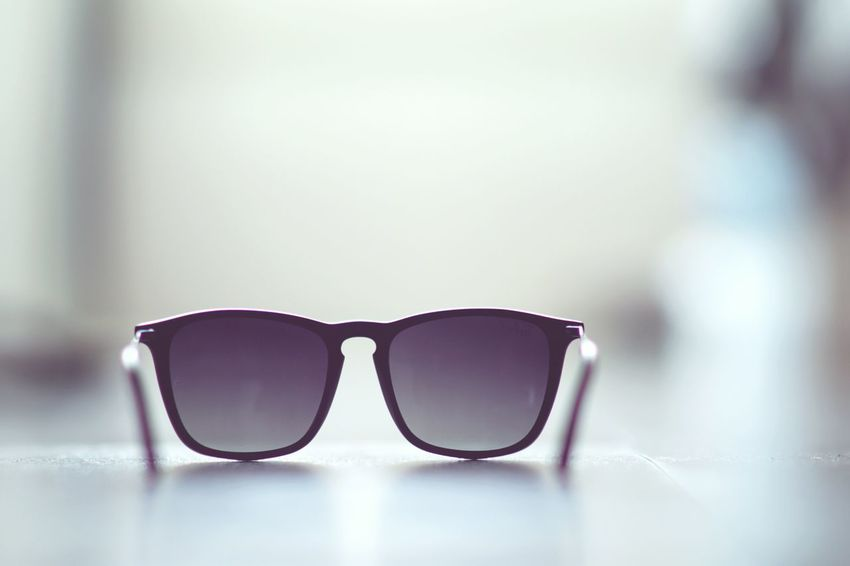 Sunglasses Summer Summertime Wallpaper Minimalism Minimal Rayban Faces Of Summer
