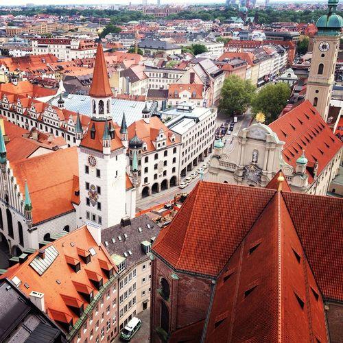 Enjoying Life Taking Photos München
