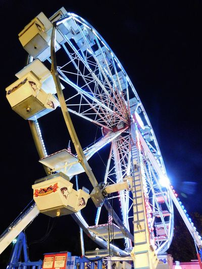 Ferris Wheel set up for the Holiday Stroll event at Largo Central Park, winter 2016, Largo, FL Amusement Park Amusement Park Ride Carnival Circle Circle Shaped Enjoying Life Excitement Ferris Wheel Fun Illuminated Lines And Shapes New Years Night Outdoors Rollercoaster Round Shapes Sky Travel Destinations Traveling Carnival Vacations Wheel Winter Winter Wonderland Joy
