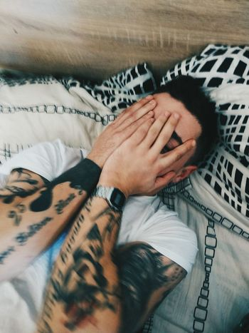 у т р о #Morning #morning Time #photography #Nature  #man #love #tattoo #model One Person Lifestyles Relaxation Day People Men