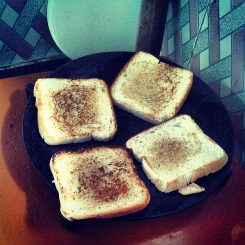 ToastingBreadInMornin GettinReadyForOfficeInMeanwhile MeanwhileInstaGram AfterAllGujjuSo MultiTasker o_O